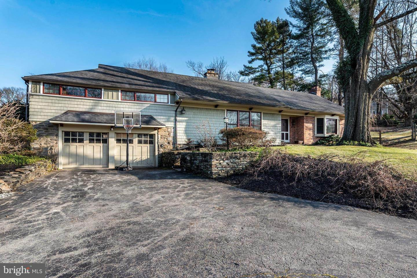 Detached House for Sale at 725 WOODFIELD Road Villanova, Pennsylvania 19085 United States