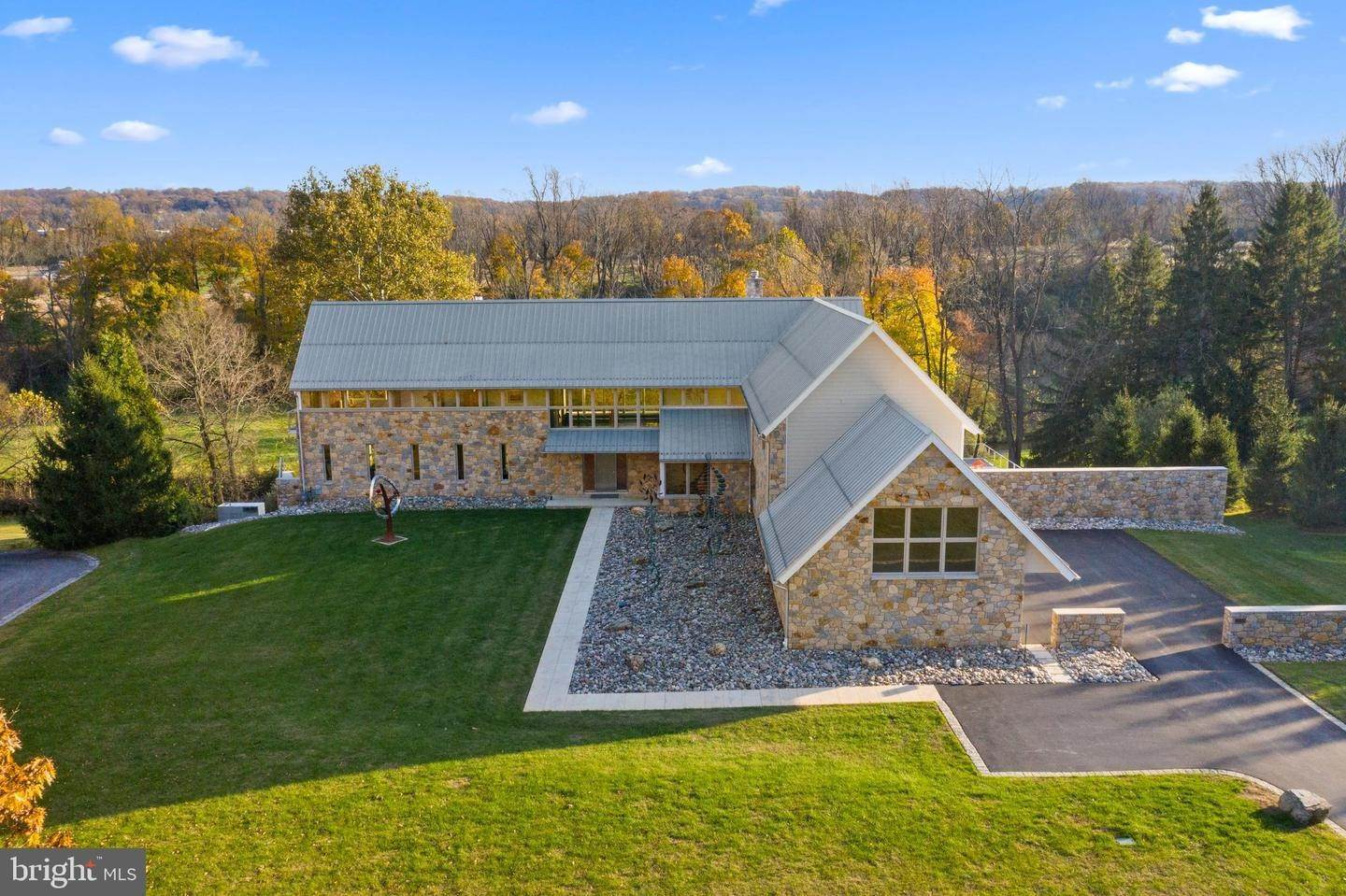 Detached House for Sale at 1338 LE BOUTILLIER Road Malvern, Pennsylvania 19355 United States