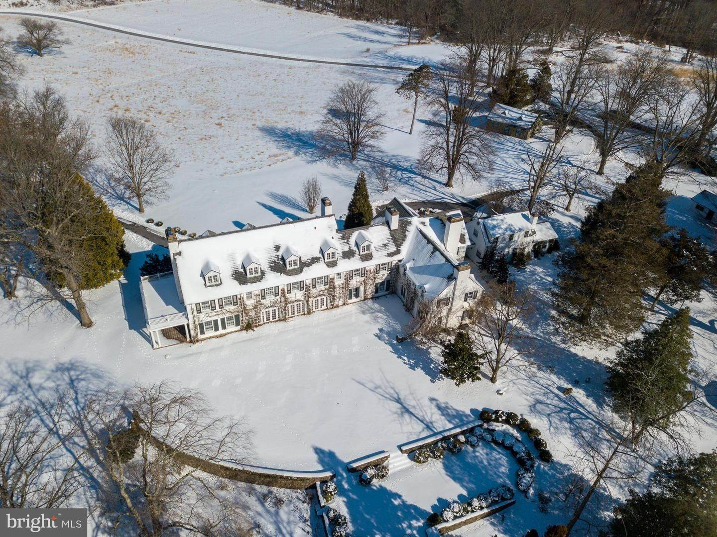 Detached House for Sale at 6031 GOSHEN Road Newtown Square, Pennsylvania 19073 United States