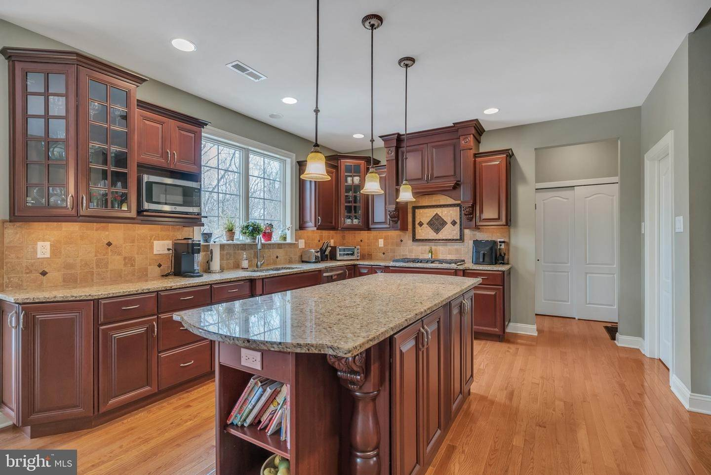 20. Detached House for Sale at 1511 BRAY Lane Washington Crossing, Pennsylvania 18977 United States