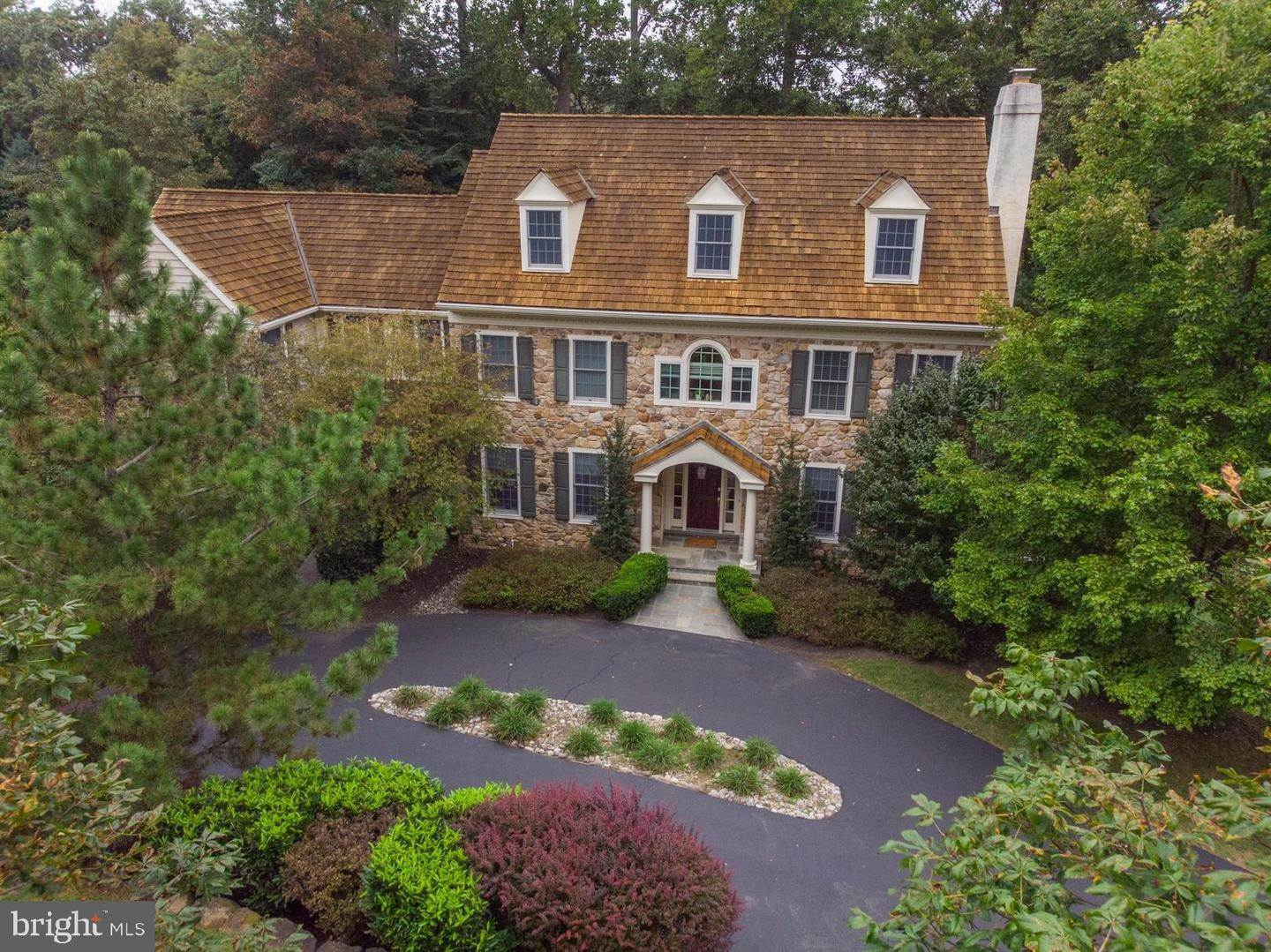 Detached House for Sale at 2 HARRISON Drive Newtown Square, Pennsylvania 19073 United States
