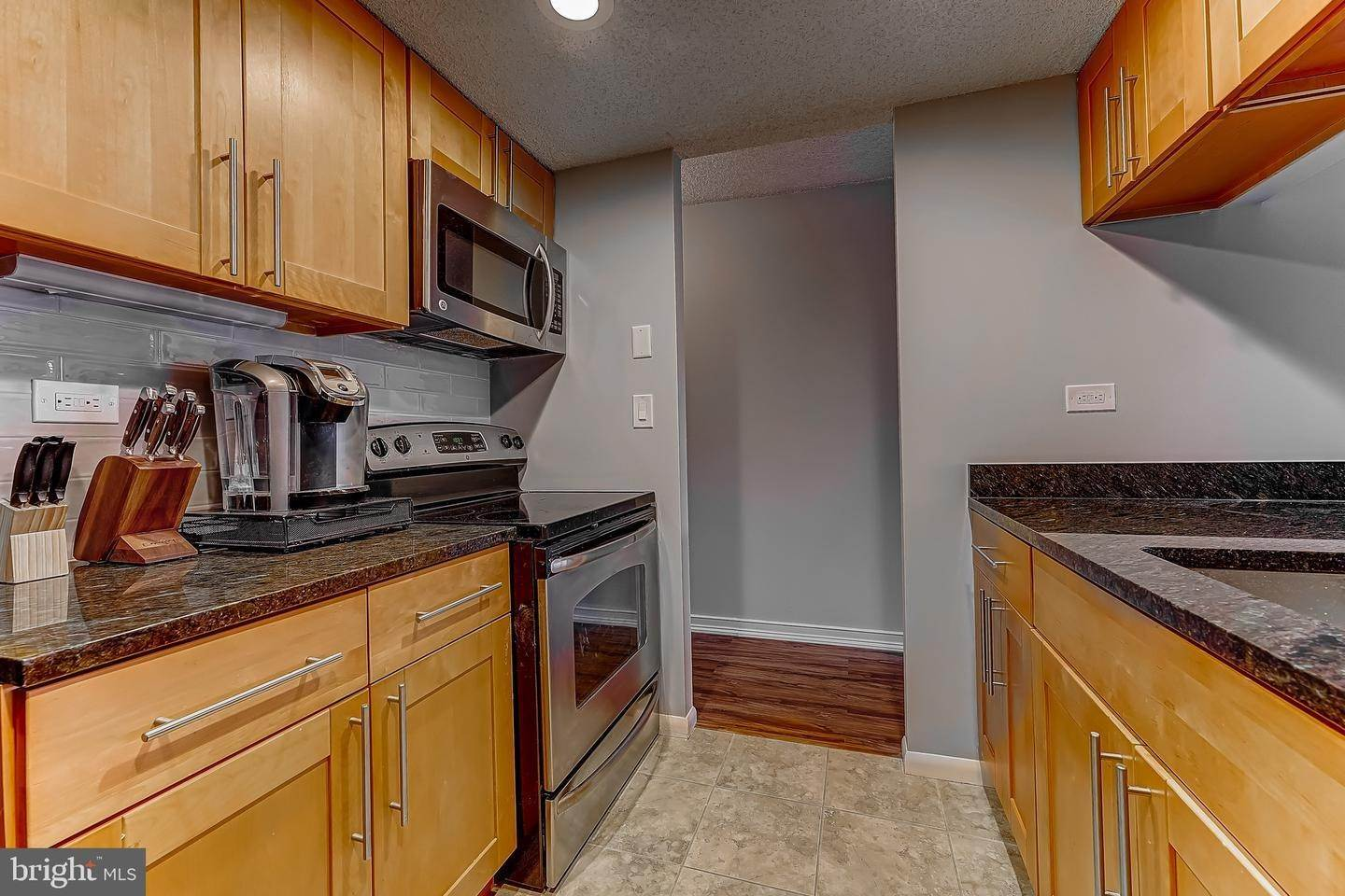 14. Apartments for Sale at 241 S 6TH ST #311 Philadelphia, Pennsylvania 19106 United States
