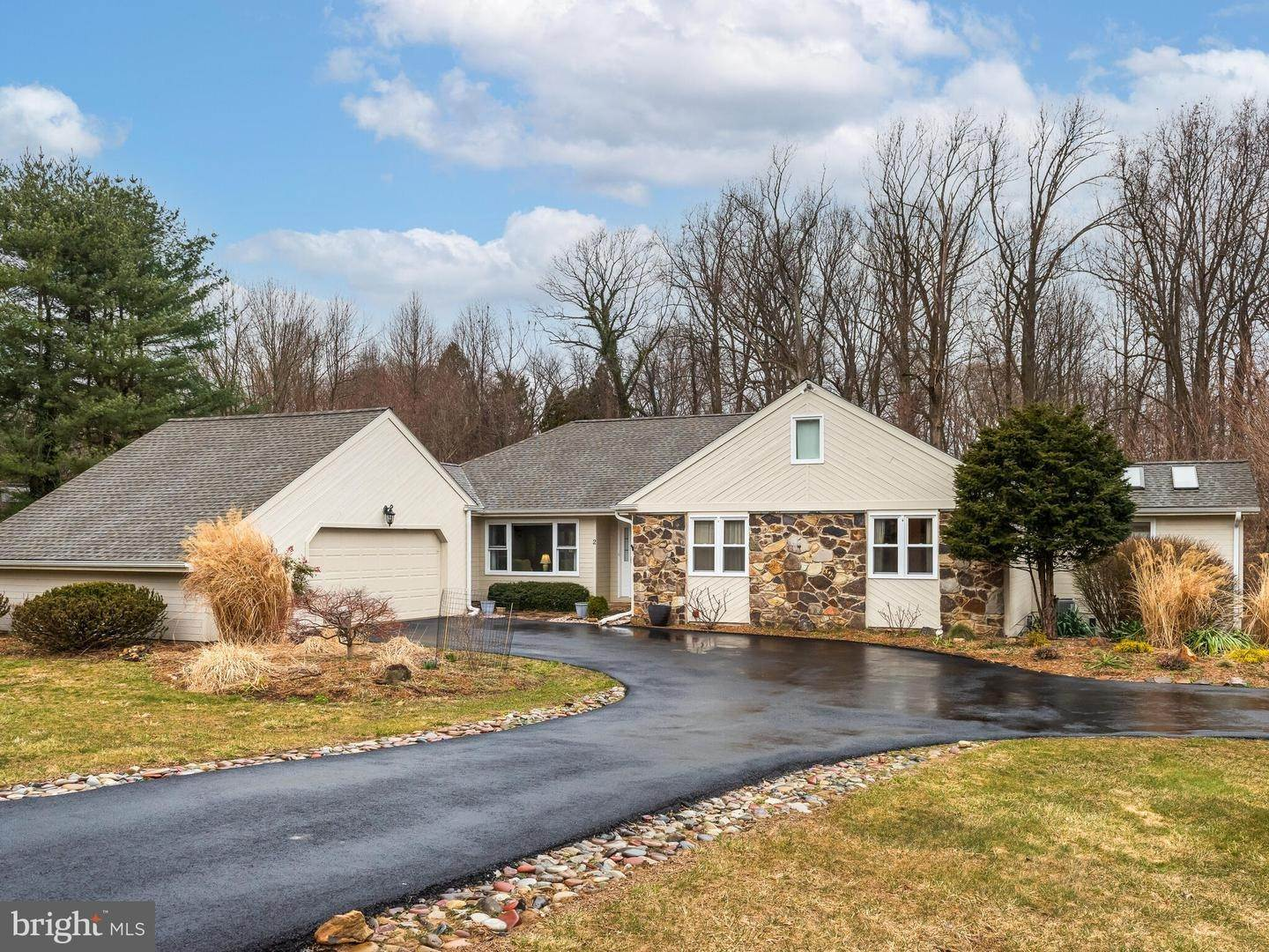 Detached House for Sale at 2 RUNNING FOX Trail Chadds Ford, Pennsylvania 19317 United States