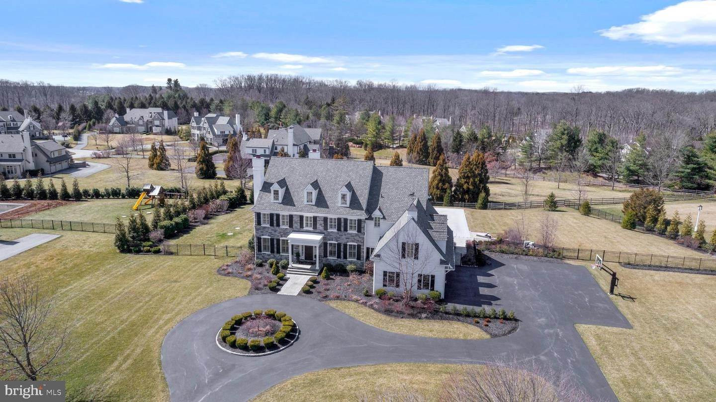 Detached House for Sale at 6 BRIDLE Lane Newtown Square, Pennsylvania 19073 United States