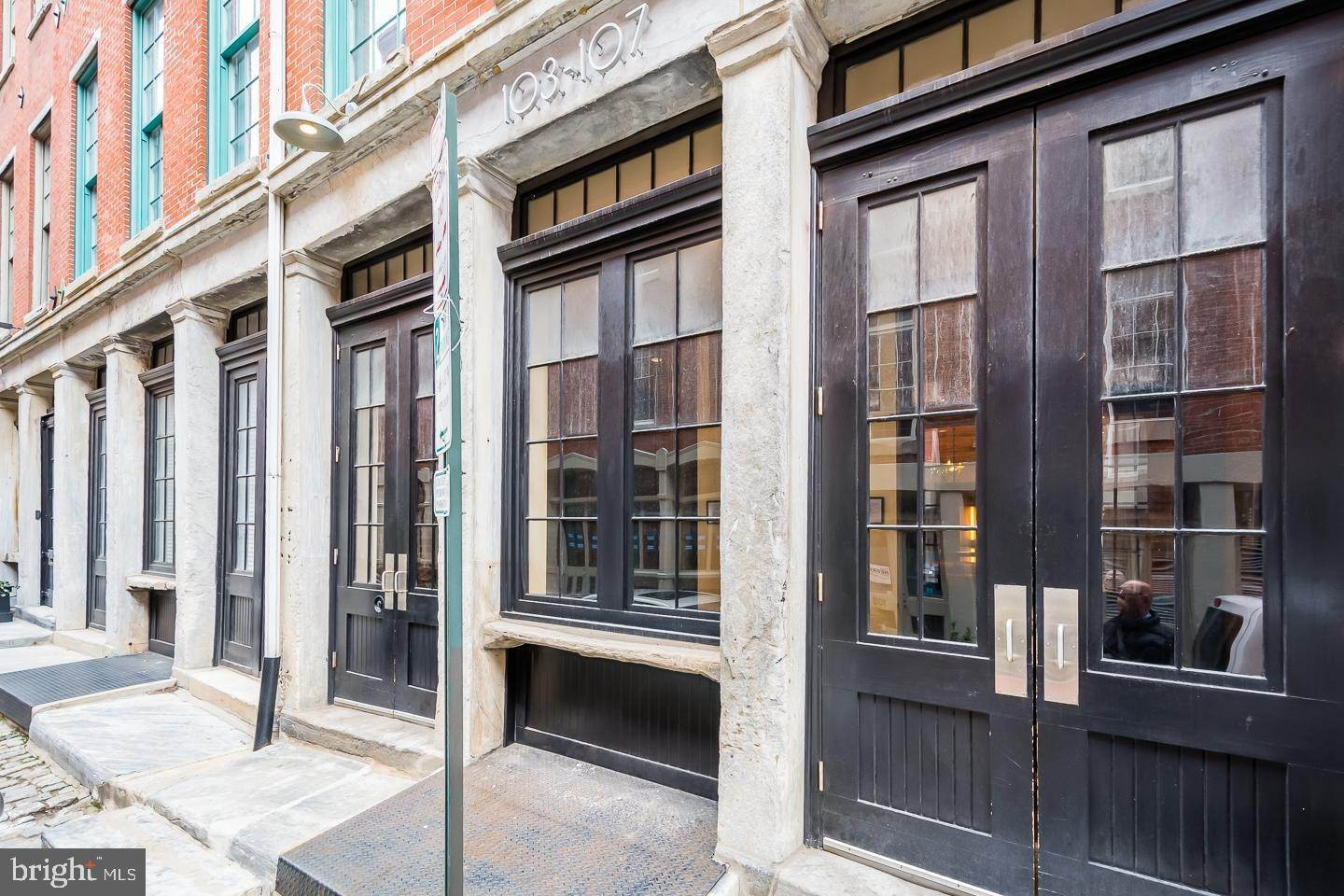 Property for Sale at 103-7 CHURCH ST #16 Philadelphia, Pennsylvania 19106 United States