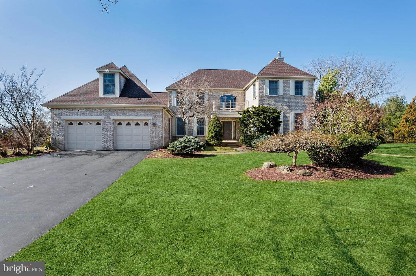 Detached House for Sale at 110 S LONGFELLOW Drive Princeton Junction, New Jersey 08550 United States