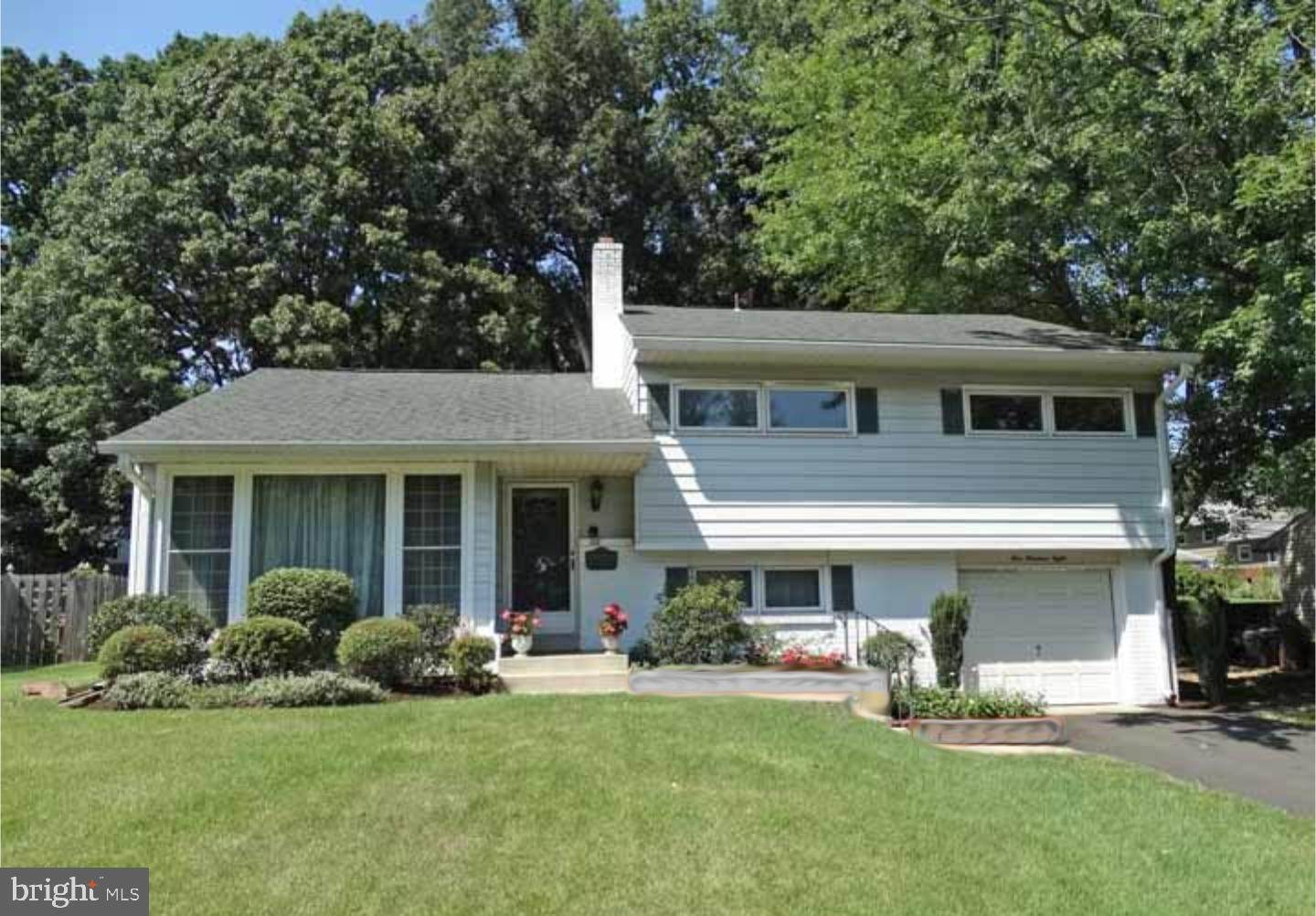 Detached House for Sale at 108 HEDGEROW Drive Morrisville, Pennsylvania 19067 United States