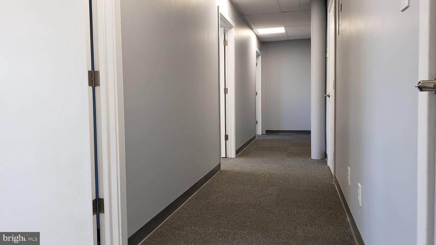 4. Offices for Sale at 1130-1136 HAMILTON Street Allentown, Pennsylvania 18101 United States