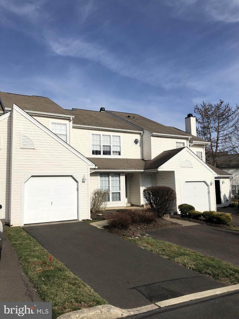 Condominiums for Sale at 34 BANBURY CT #2207C Southampton, Pennsylvania 18966 United States