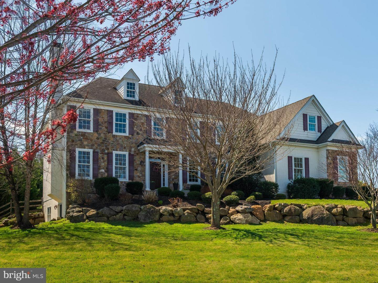 Detached House for Sale at 1040 BRICK HOUSE FARM Lane Newtown Square, Pennsylvania 19073 United States