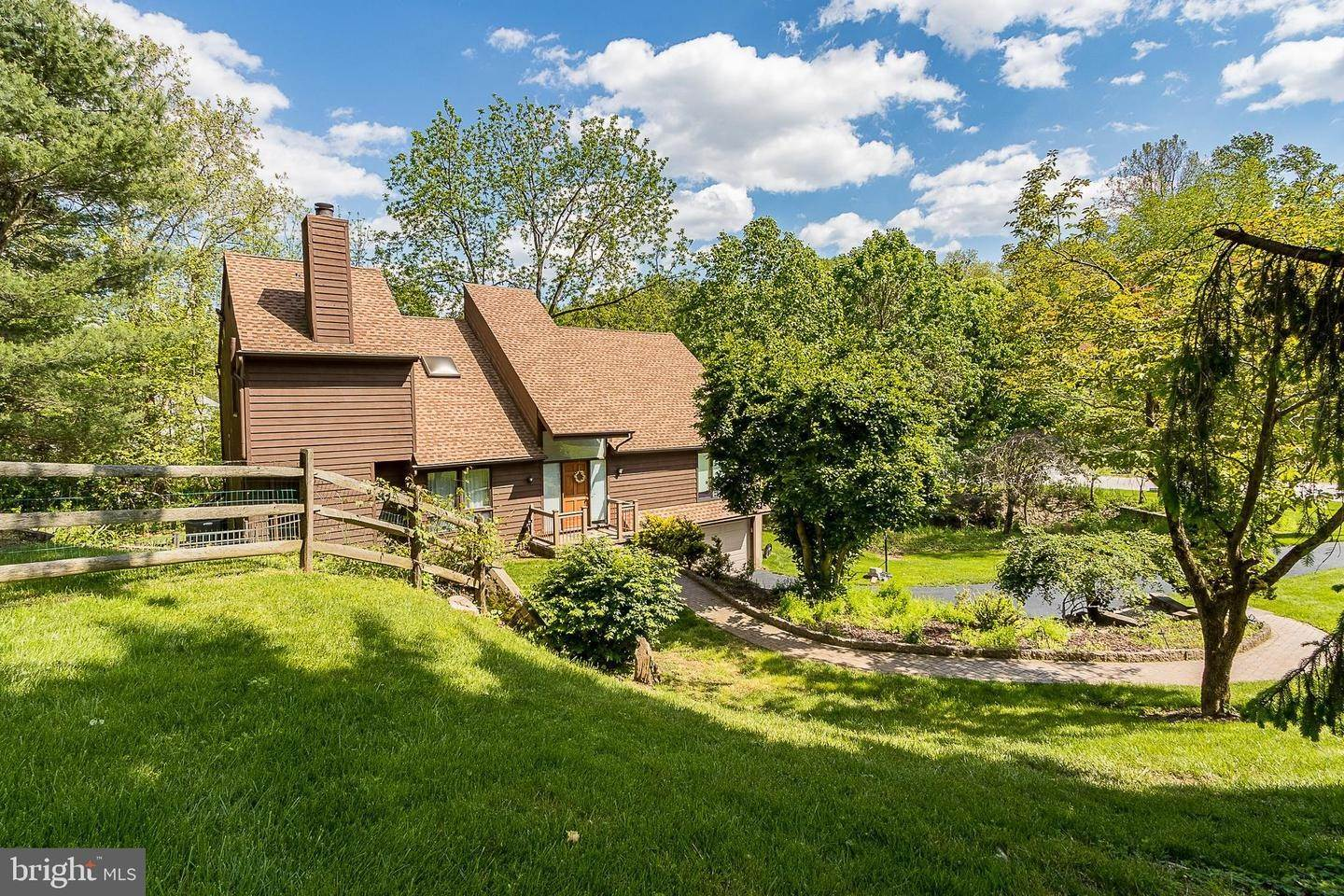 Detached House for Sale at 943 HUNT Road Radnor, Pennsylvania 19008 United States