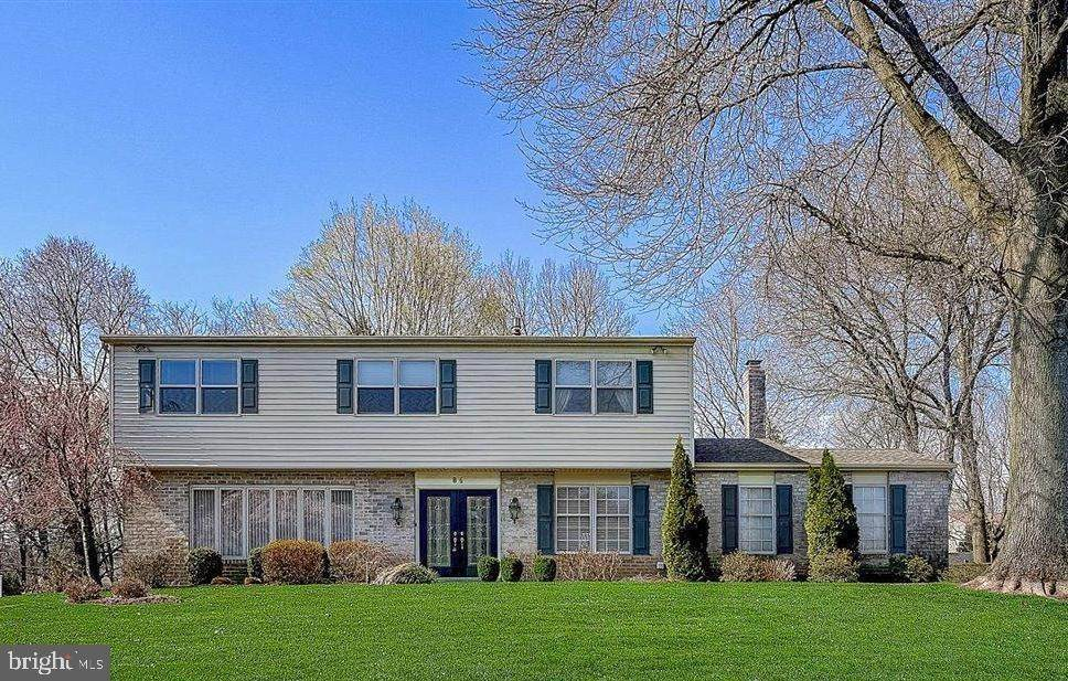 Detached House for Sale at 84 SPRINGWOOD Drive Southampton, Pennsylvania 18966 United States