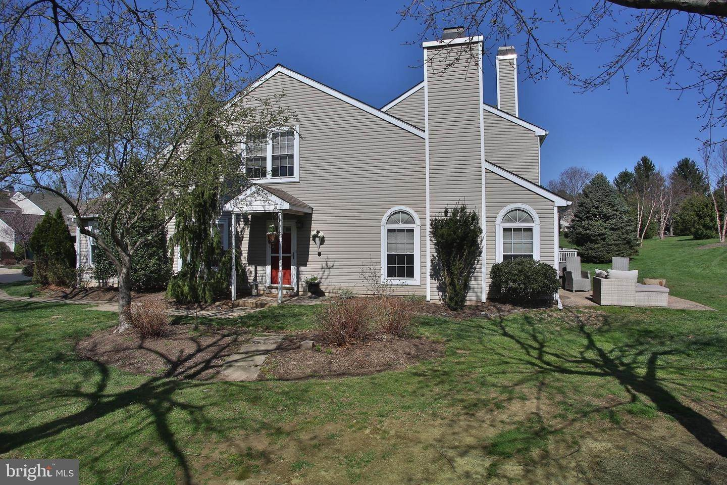 Condominiums for Sale at 2107 POTTERS PL #16 Southampton, Pennsylvania 18966 United States