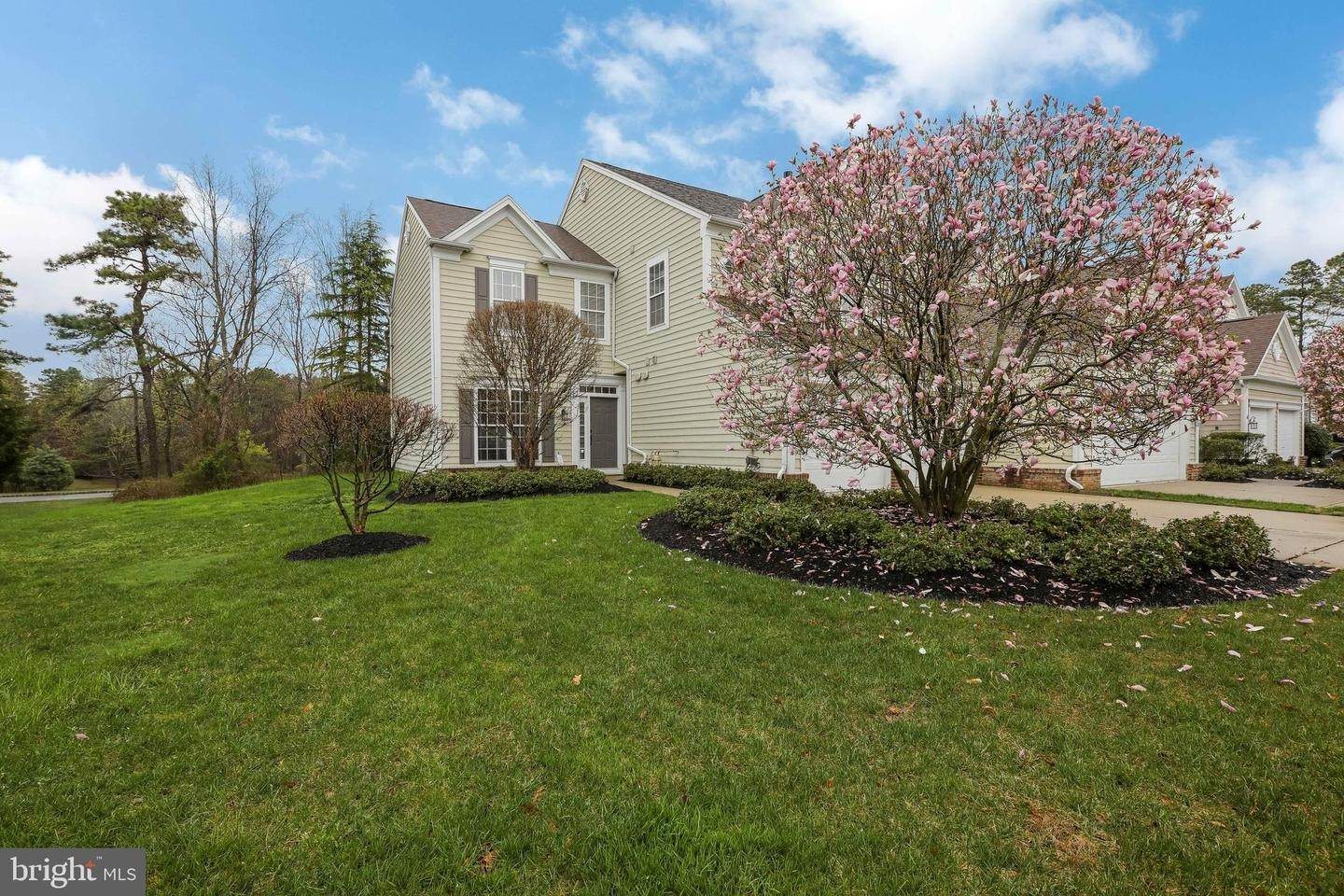 Condominiums for Sale at 8 BRATTLEBORO Court Medford, New Jersey 08055 United States