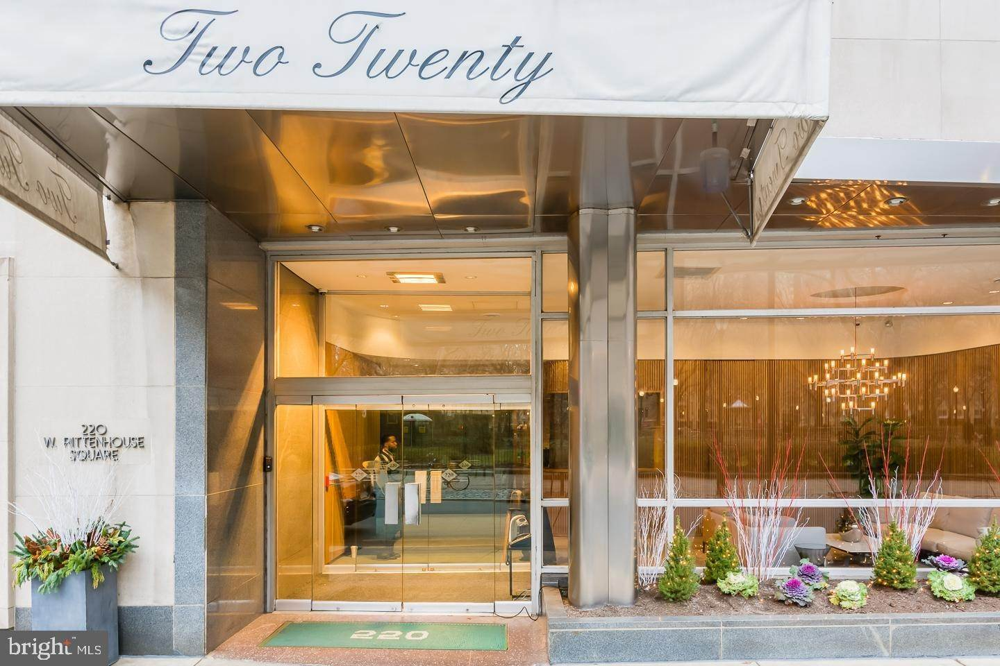 Apartments for Sale at 220 W RITTENHOUSE SQ #21B Philadelphia, Pennsylvania 19103 United States