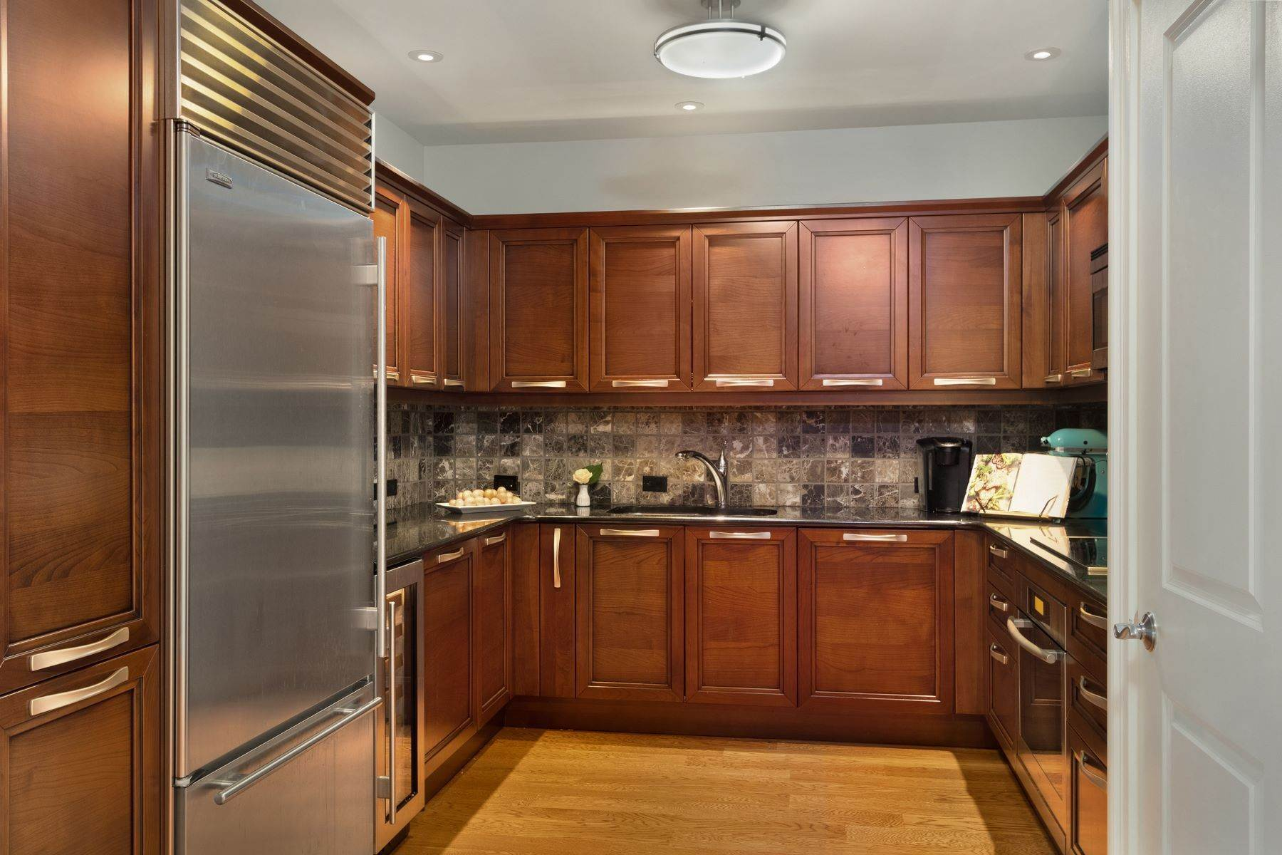 11. Apartments for Sale at 50 S 16TH ST #4202, 4202 Philadelphia, Pennsylvania 19102 United States