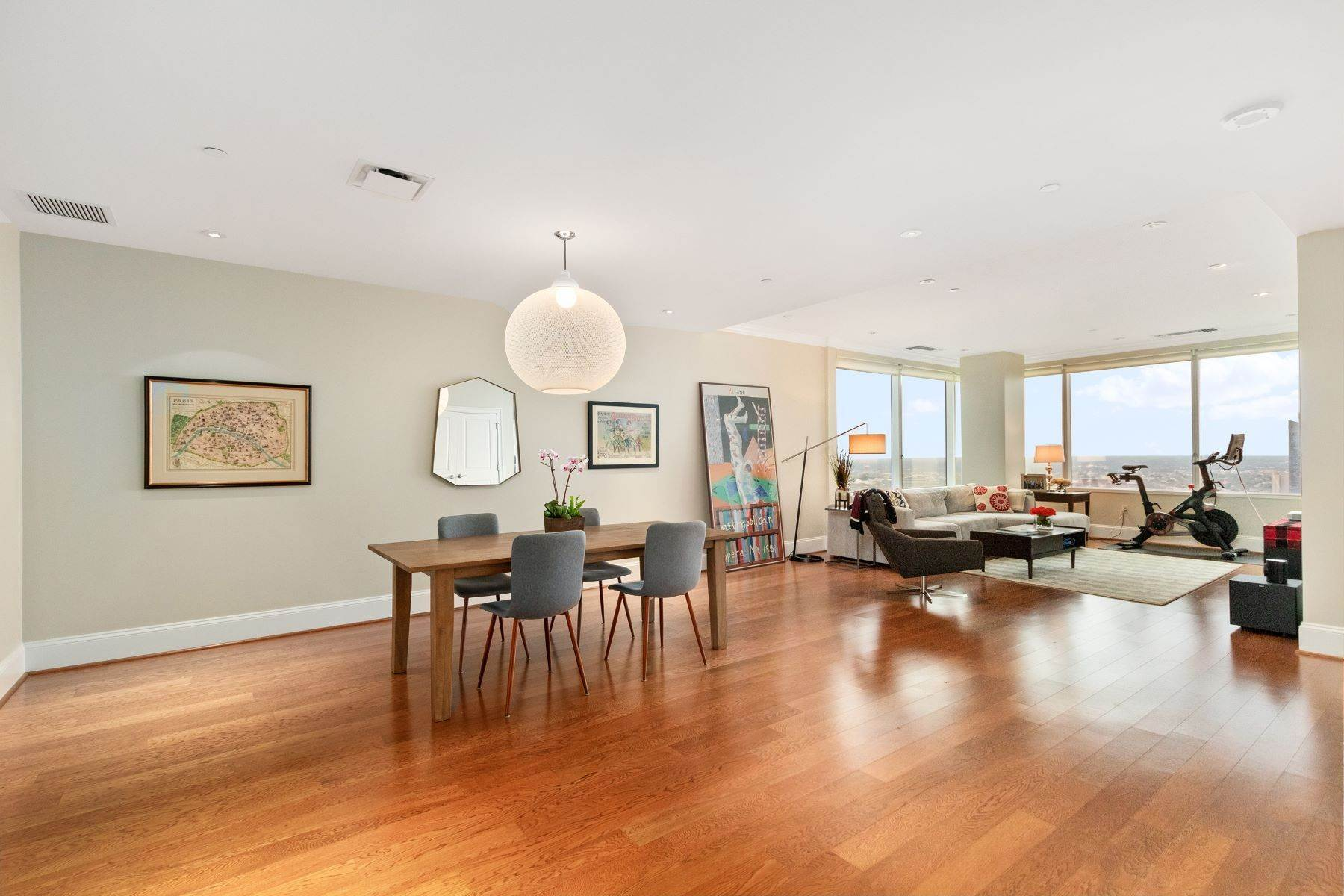 9. Apartments for Sale at 50 S 16TH ST #4202, 4202 Philadelphia, Pennsylvania 19102 United States