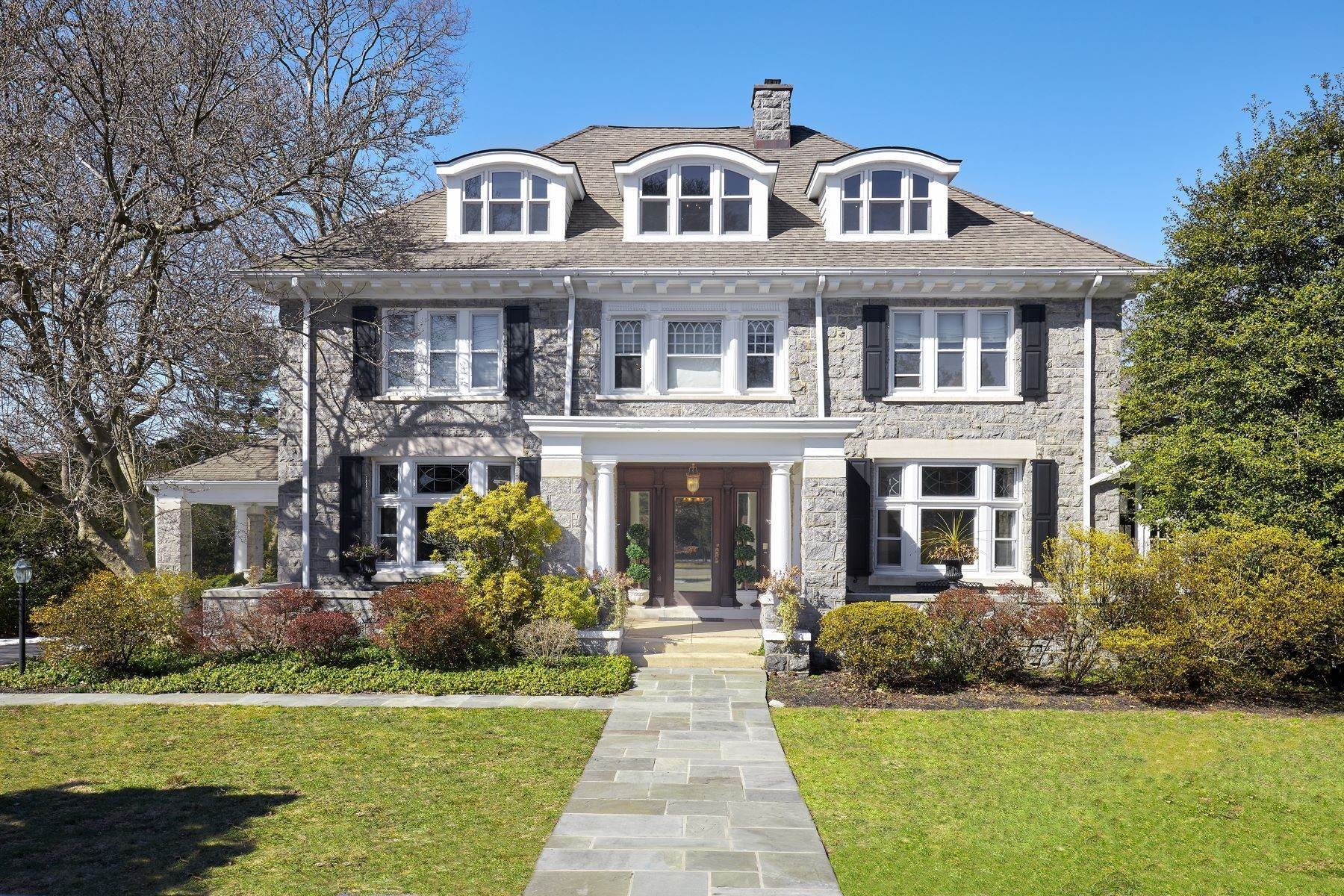 Single Family Homes for Sale at 226 Fishers Rd Bryn Mawr, Pennsylvania 19010 United States