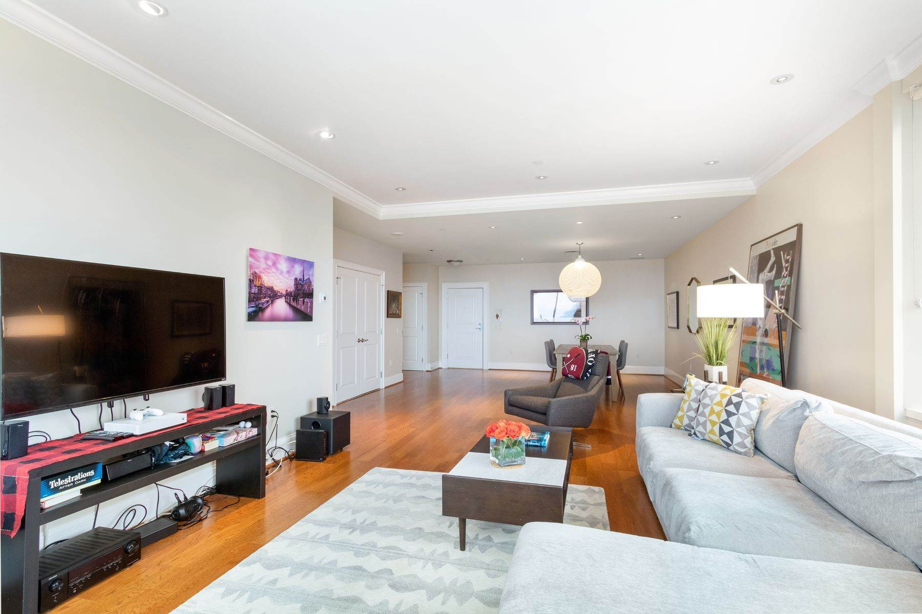 8. Apartments for Sale at 50 S 16TH ST #4202, 4202 Philadelphia, Pennsylvania 19102 United States