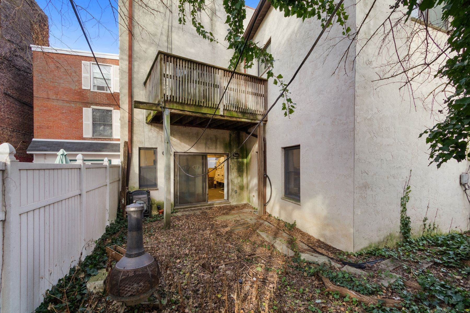 30. Multi-Family Homes for Sale at 1005-7 S 2ND ST Philadelphia, Pennsylvania 19147 United States