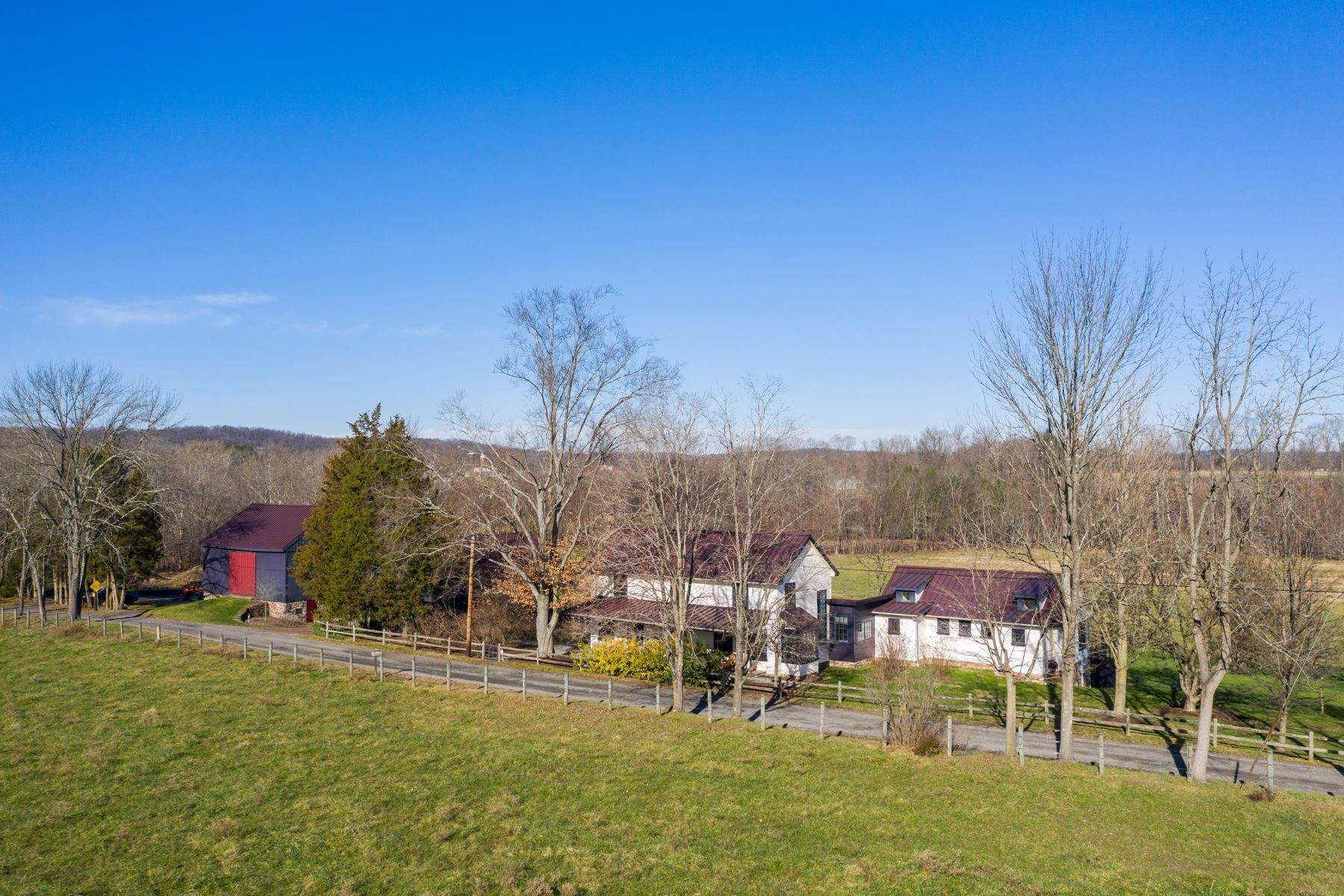 5. Single Family Homes for Sale at 110 PAPERMILL RD Barto, Pennsylvania 19504 United States