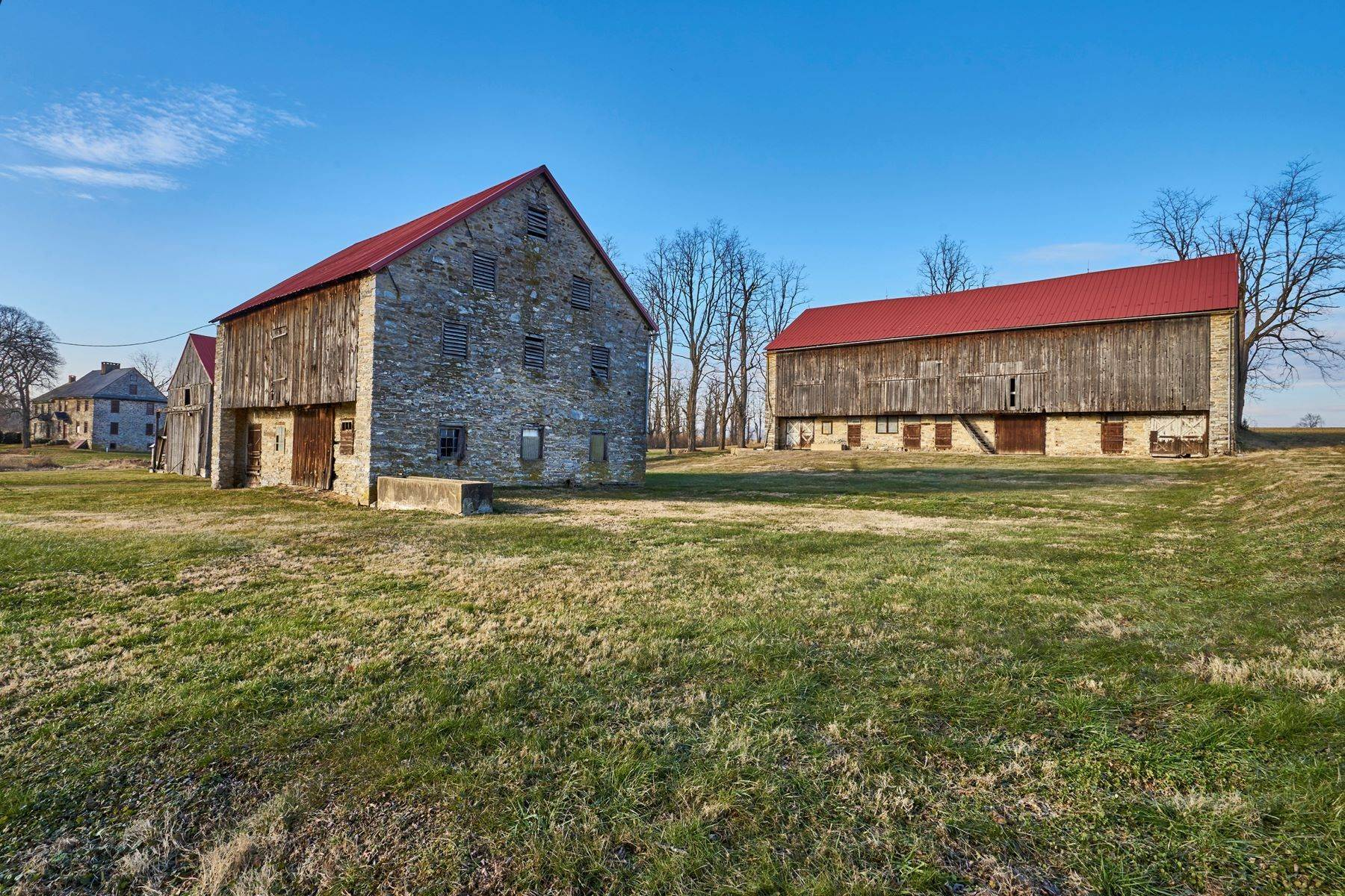 33. Single Family Homes for Sale at The Kauffman Farm 293 KAUFFMAN RD Oley, Pennsylvania 19547 United States
