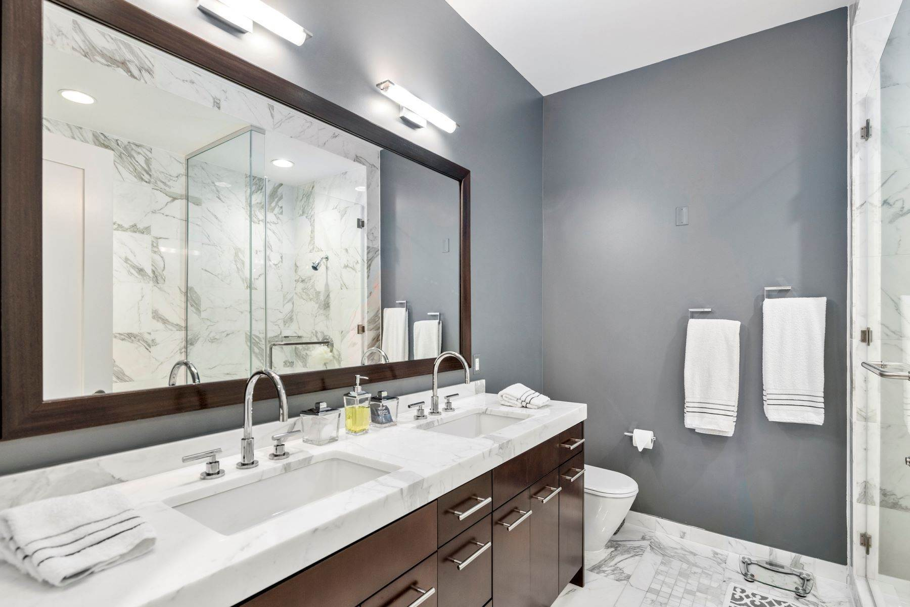15. Apartments for Sale at 1414 S PENN SQ #35F, 35F Philadelphia, Pennsylvania 19102 United States