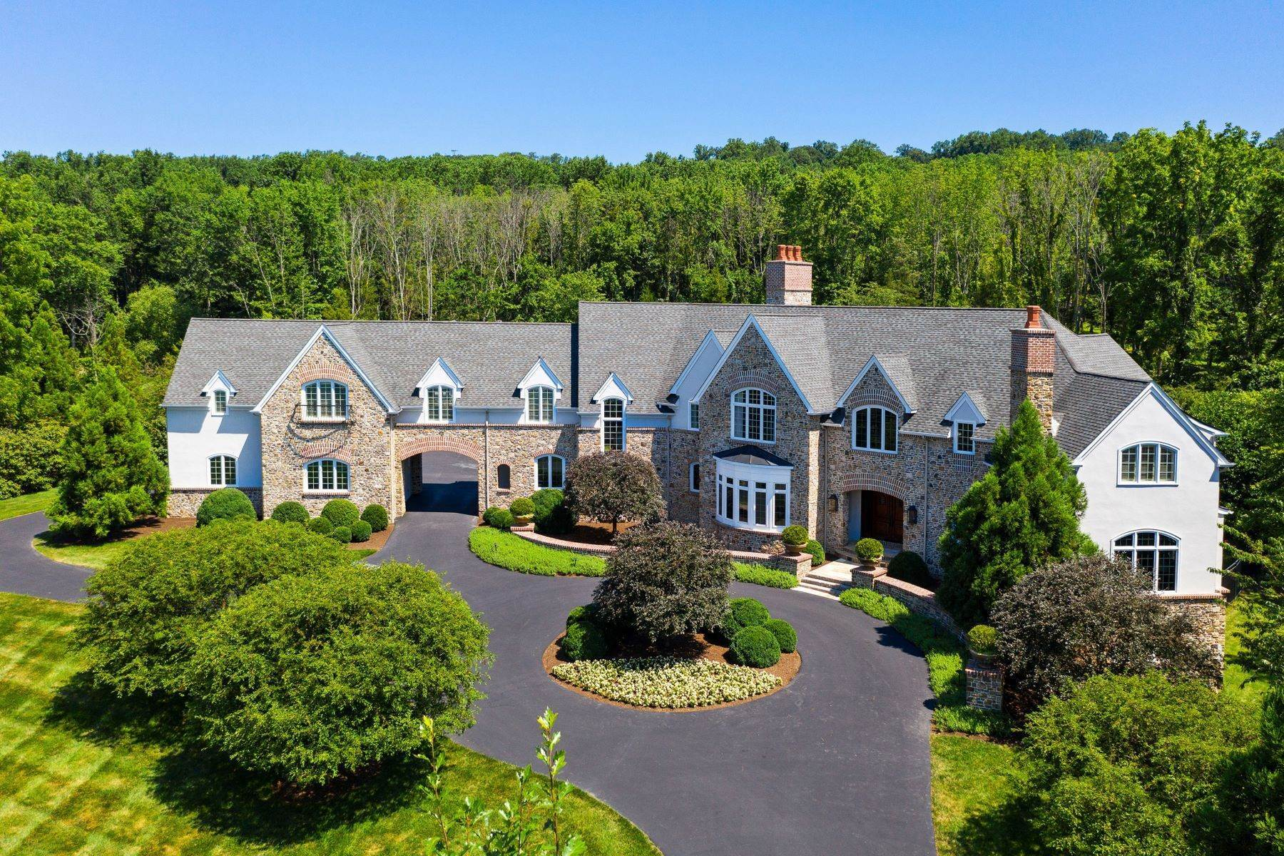 38. Single Family Homes for Sale at 106 PINTAIL POINTE RD New Hope, Pennsylvania 18938 United States