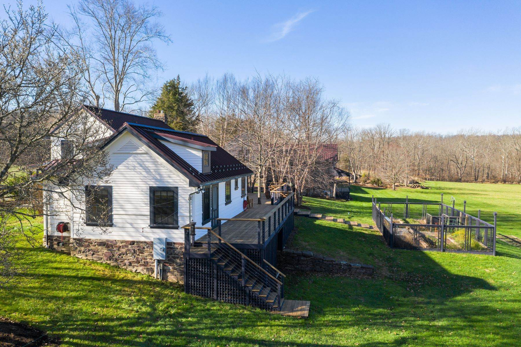 8. Single Family Homes for Sale at 110 PAPERMILL RD Barto, Pennsylvania 19504 United States