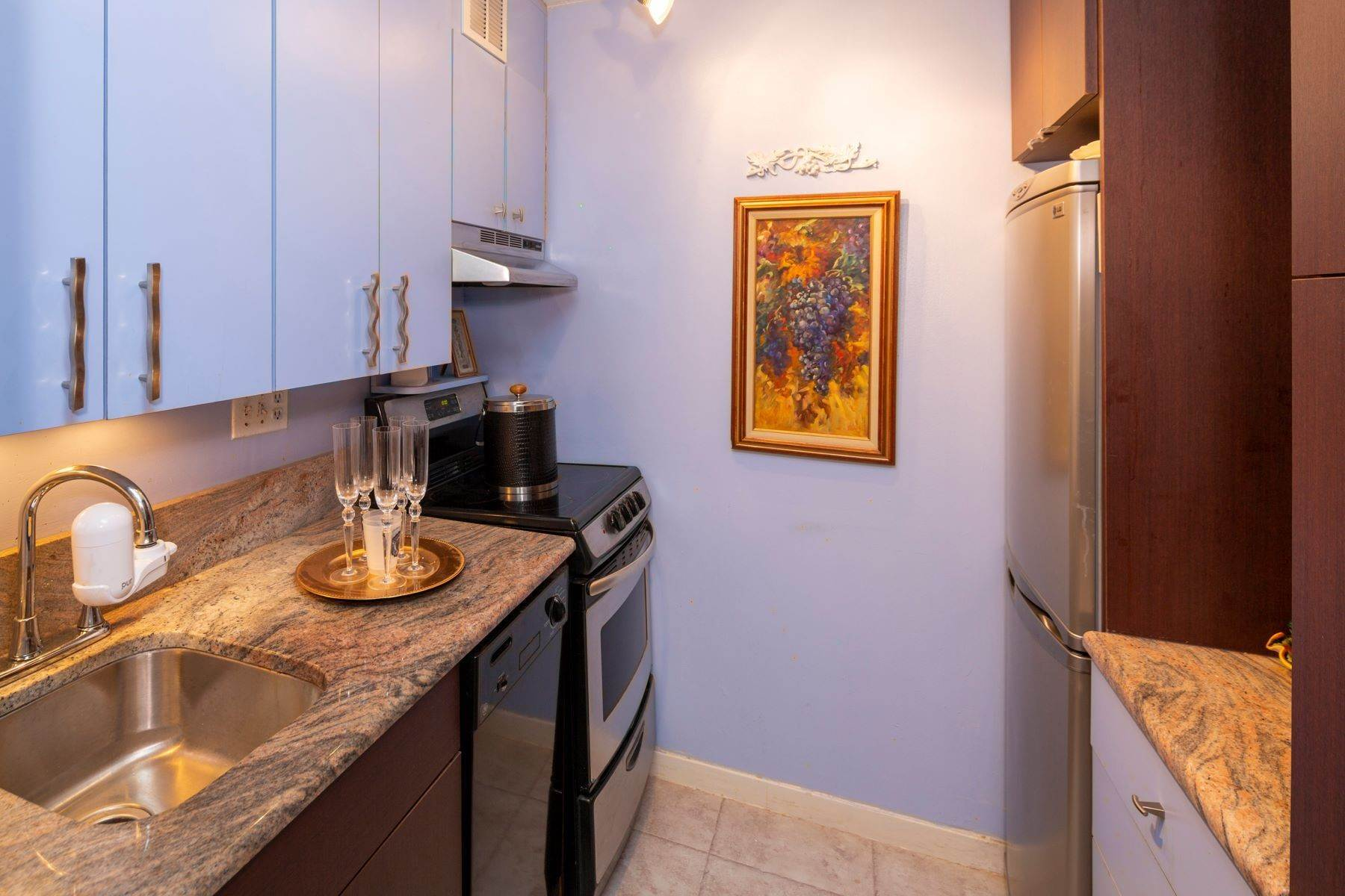 19. Apartments for Sale at 224-226 W RITTENHOUSE SQ #2001-2, 2001-2 Philadelphia, Pennsylvania 19103 United States