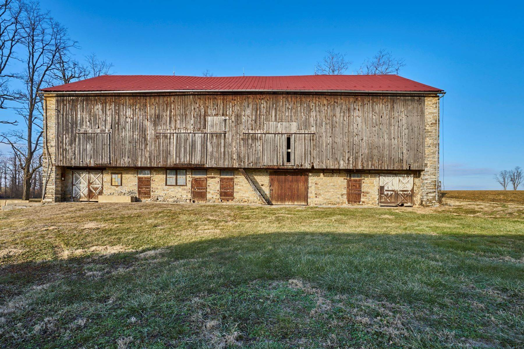 36. Single Family Homes for Sale at The Kauffman Farm 293 KAUFFMAN RD Oley, Pennsylvania 19547 United States